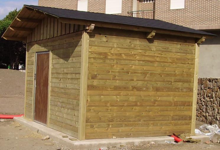 Casetas parada autob s y jard n for Caseta de madera para jardin